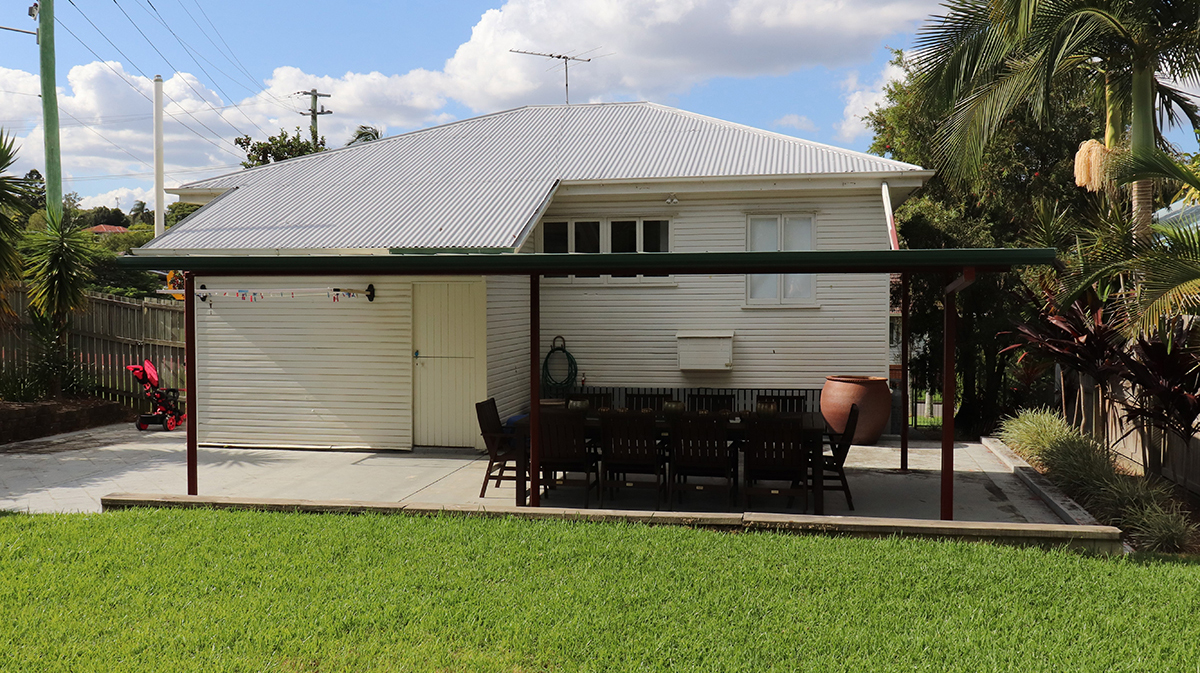 Before Renovation Photo Post-War Queenslander